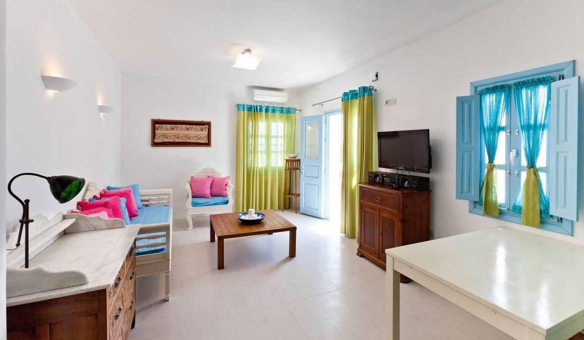 Levantes Guest House
