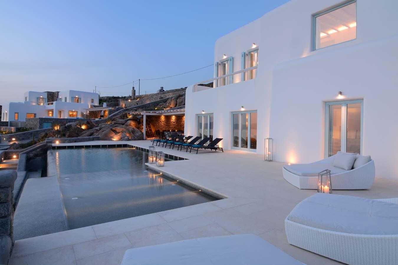 Holmes Villa