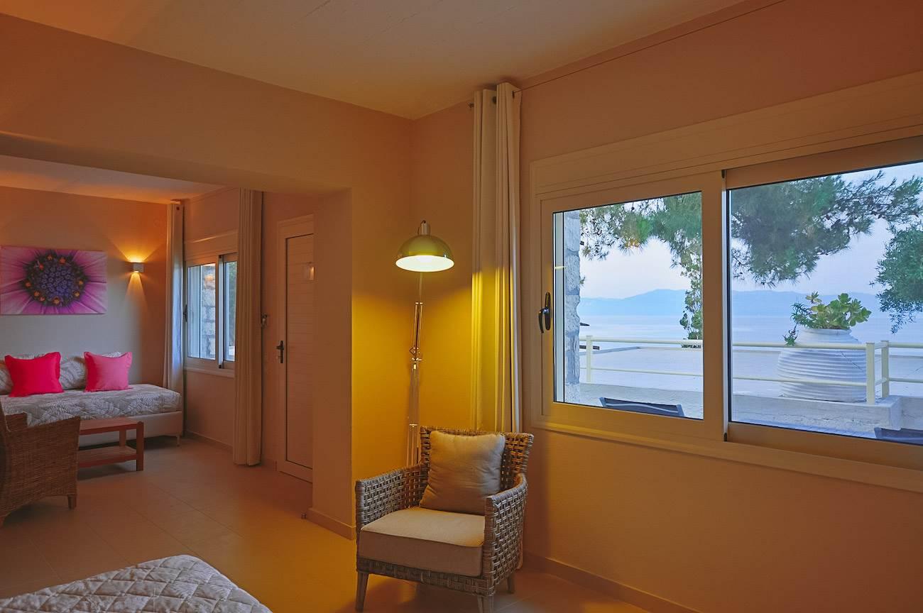 Sea Front Plus - Paxos Beach Hotel