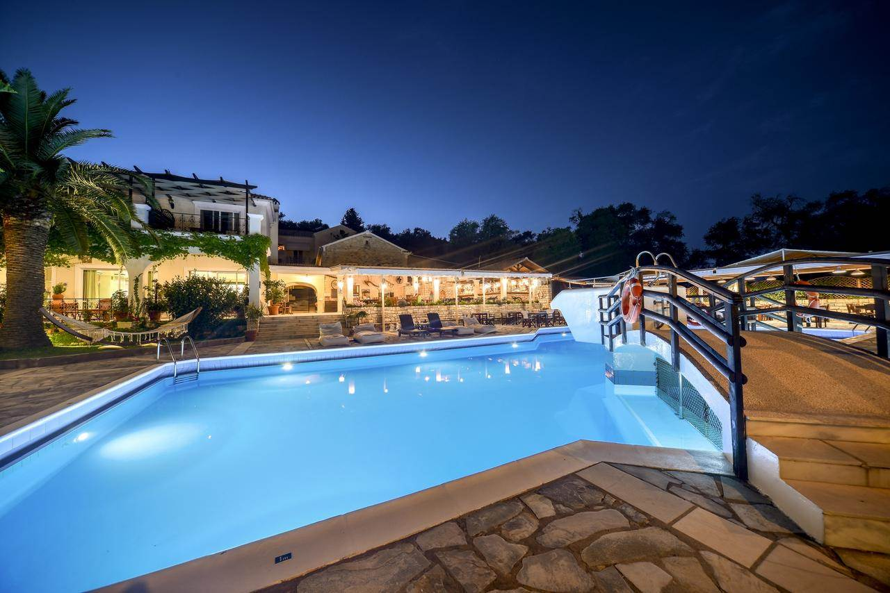 Superior Triple Pool View - Paxos Club Hotel