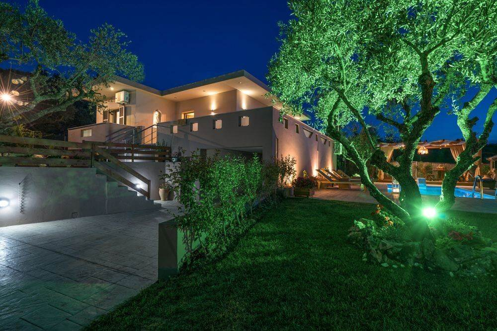 Cavani I Villa
