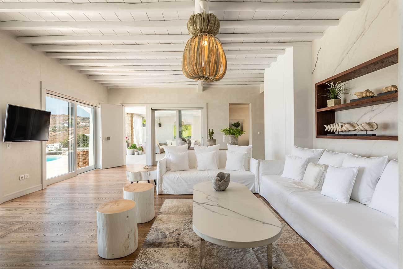 Chanel Villa