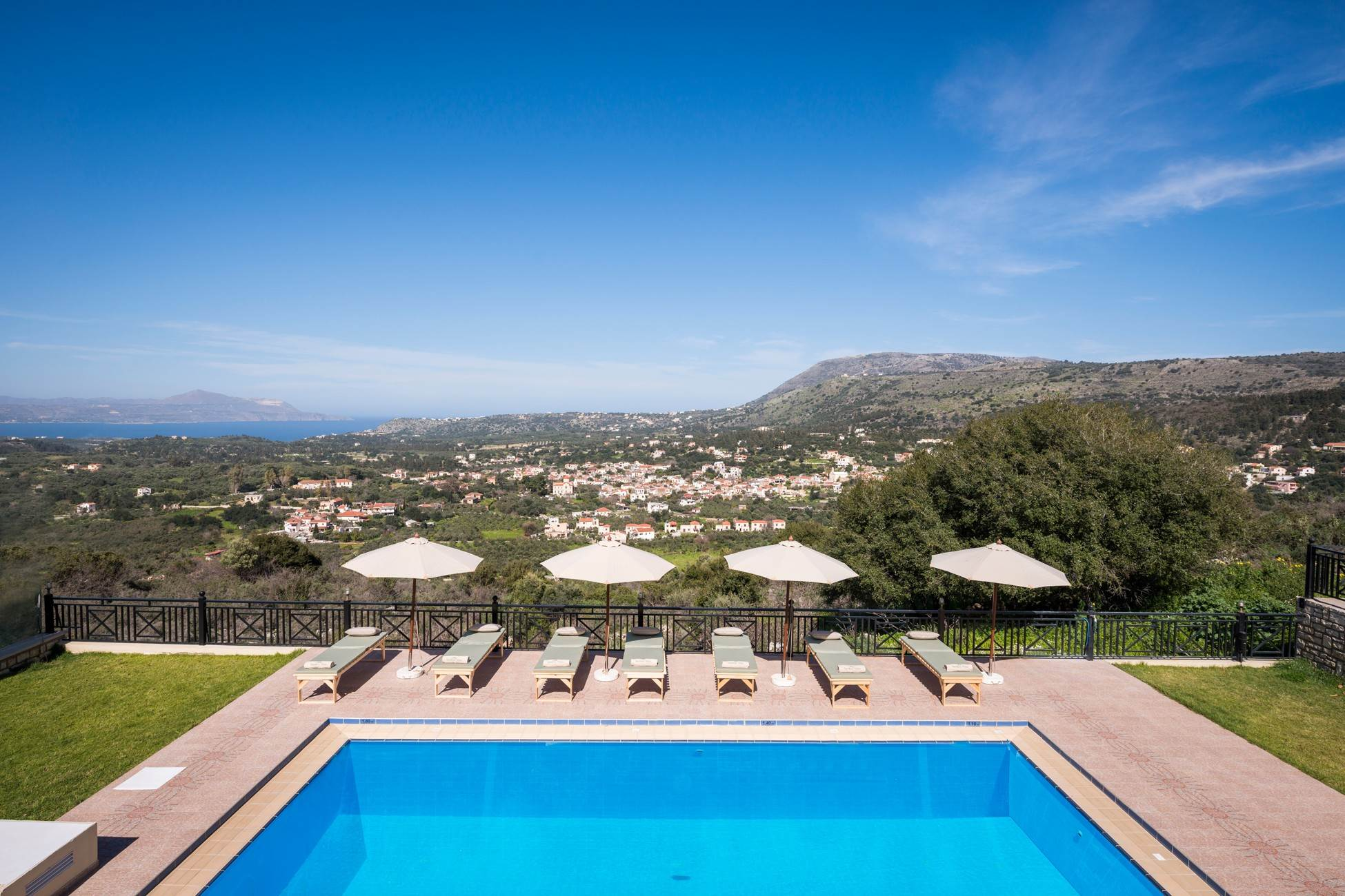 Erato Luxury Residence, private pool, BBQ, nea... photo 16425820