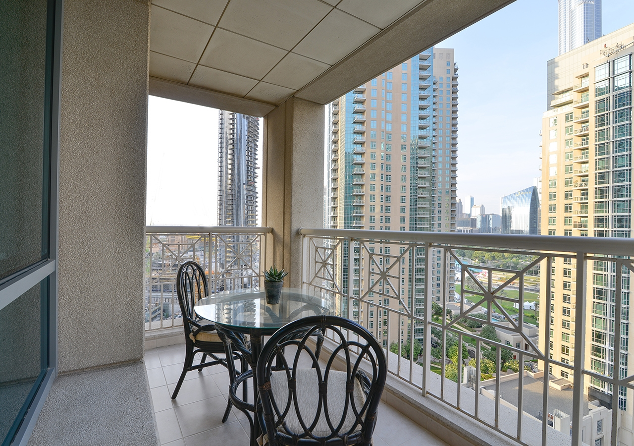 Apartment Starlight  Ease by Emaar    Amazing 1 Bedroom     photo 16577651