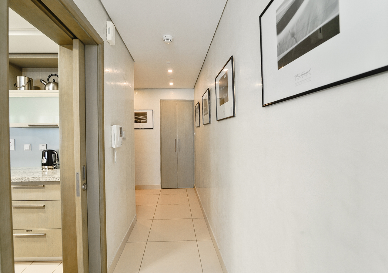 Apartment Landmark  Ease by Emaar    Breathtaking 1 Bedr    photo 25364191