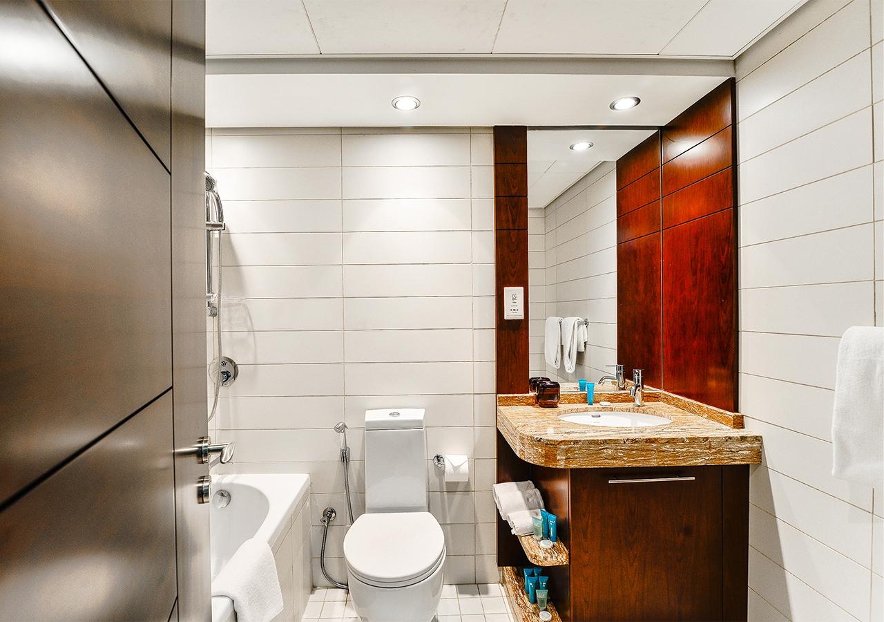 Apartment Mayfair  Ease by Emaar   Spacious 2 Bedroom photo 25366568