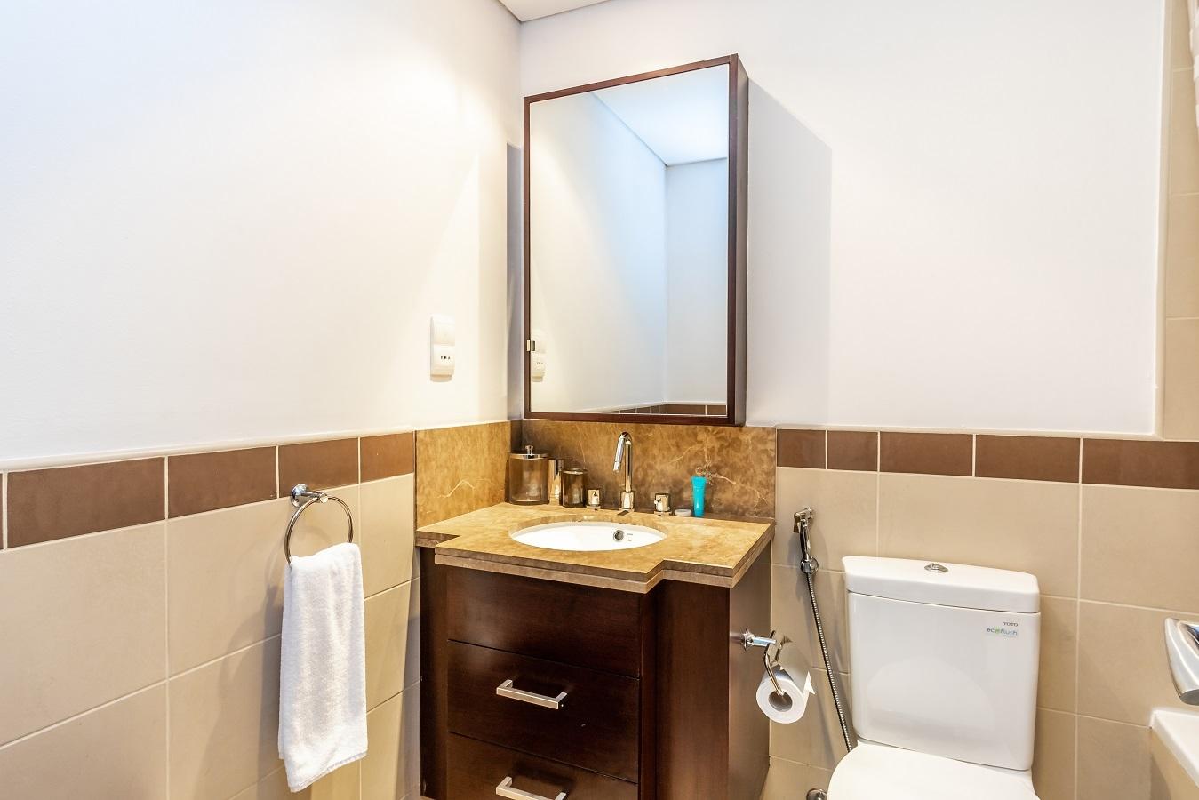 Apartment Pearl  Ease by Emaar    Elegant   Two Bedroom     photo 16904597