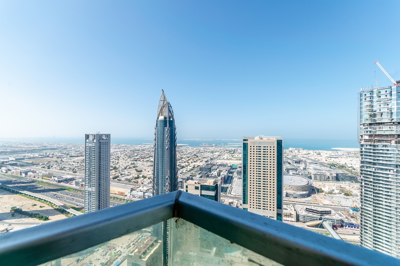 Apartment Oceanic  Ease by Emaar    Blissful Two Bedroom    photo 26377357