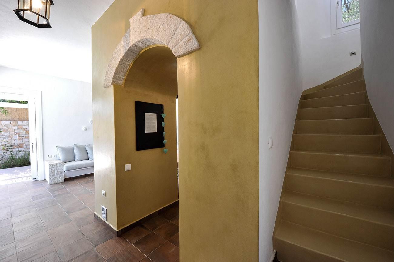 Apeiron II Villa