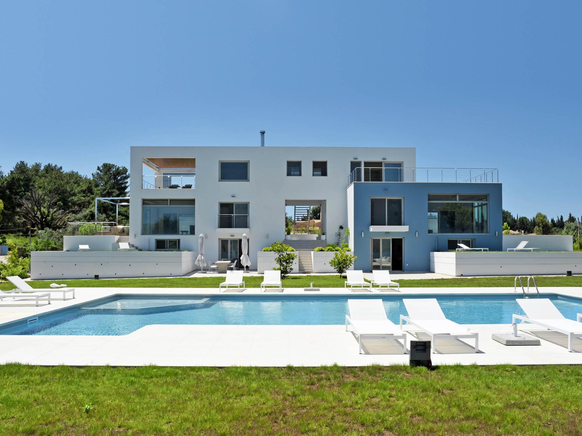 Nero Villa
