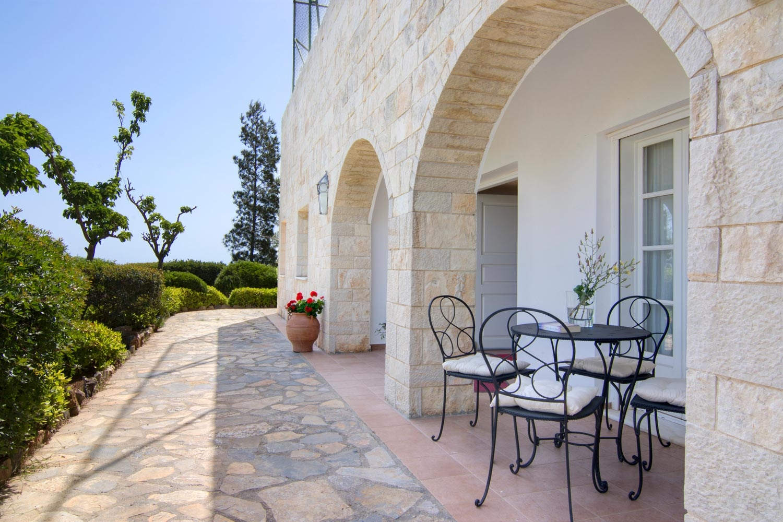 Moss III Villa