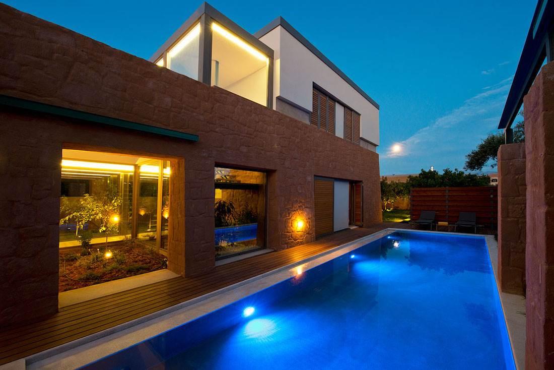 Avisse I Villa