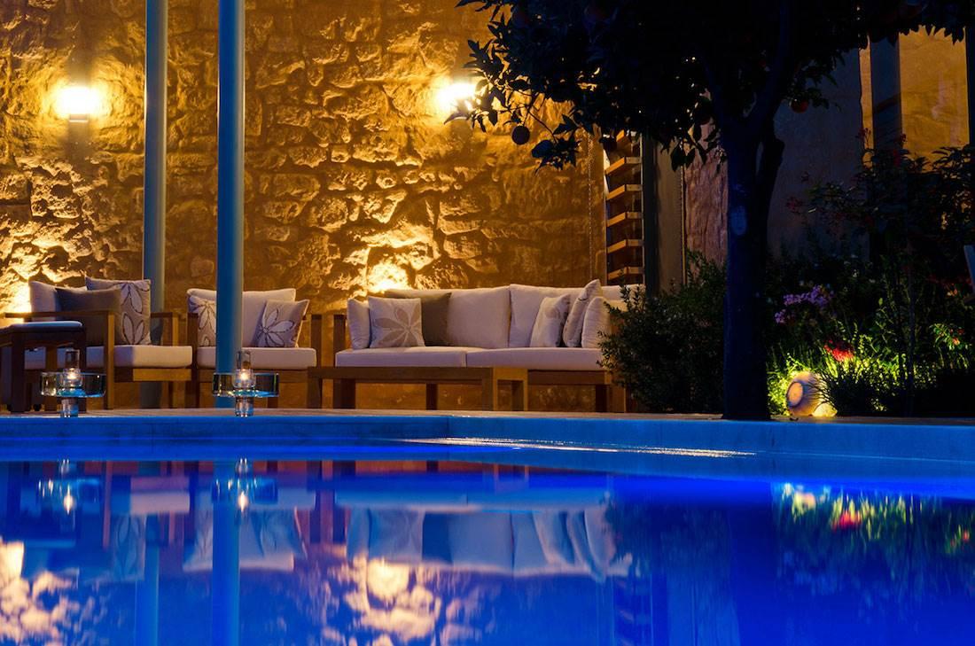 Avisse III Villa